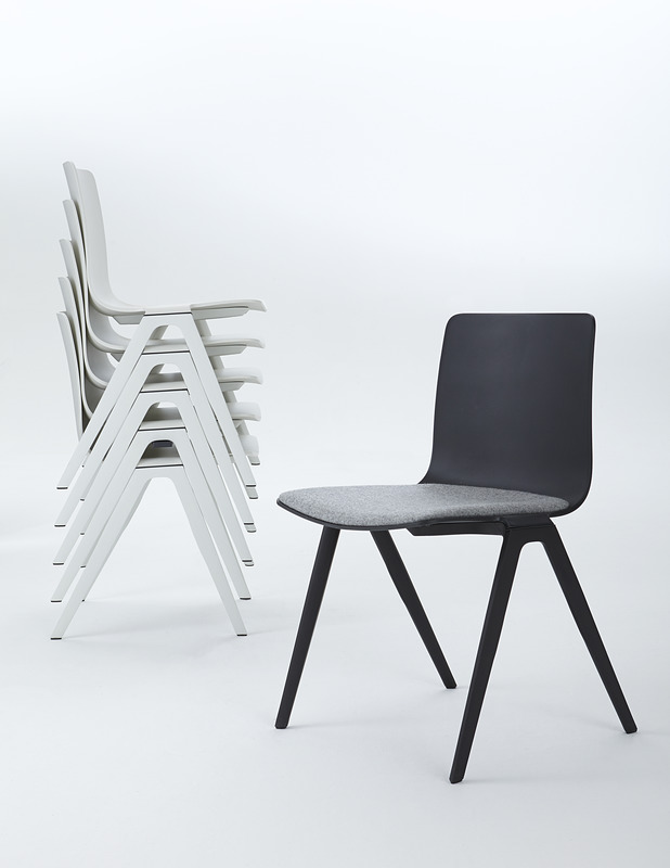 A-Chair Stapel